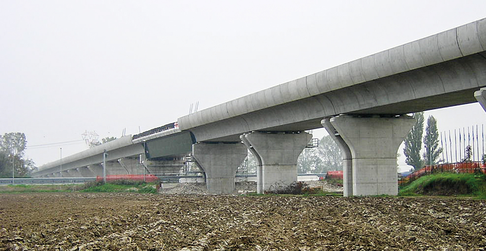 Ligne Ferroviaire à Grande vitesse MILAN-BOLOGNE Lot Piacenza (Piacenza).